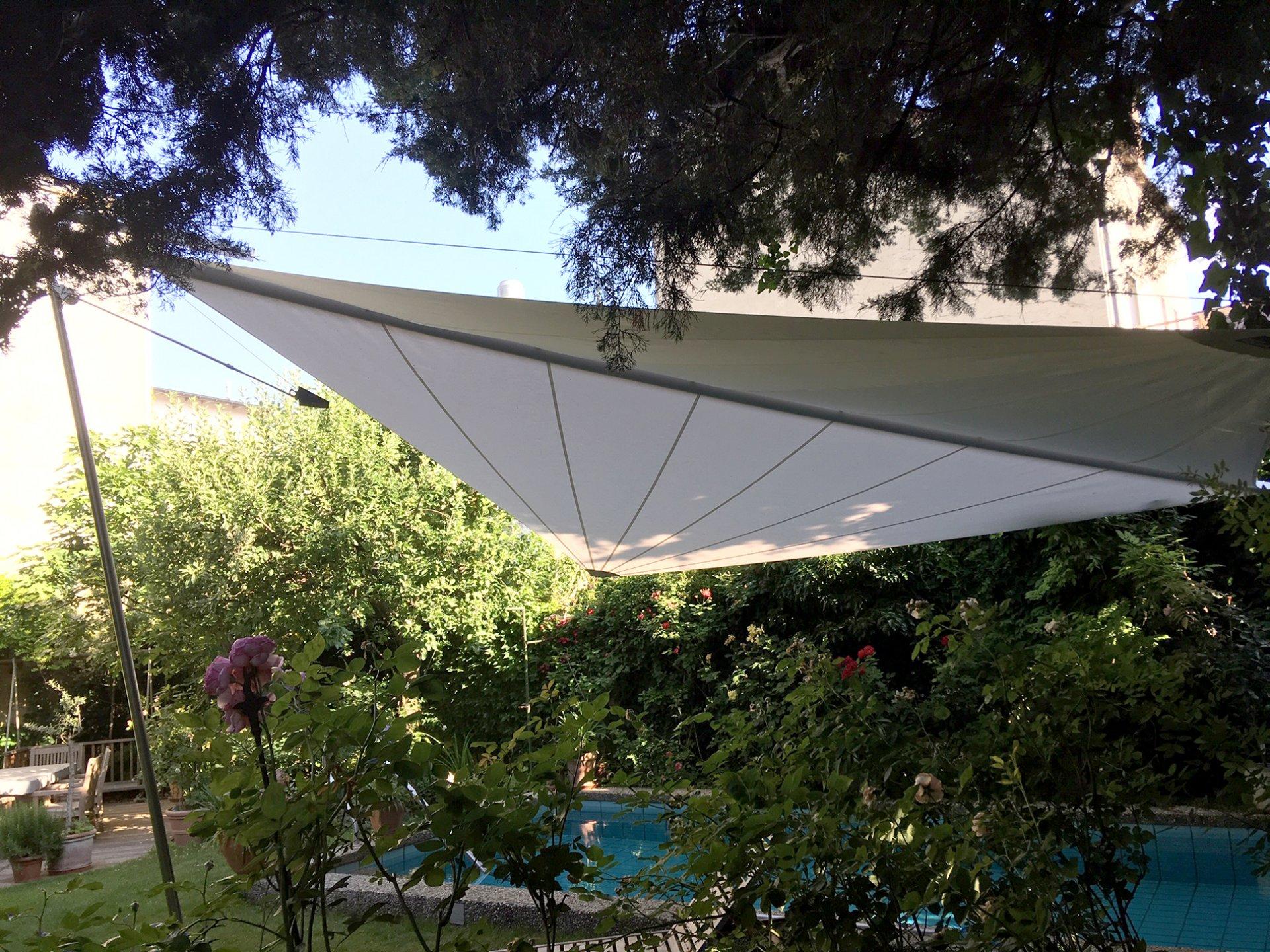 SunSquare Dreiecksegelanlagen: Privat Haus S - Österreich