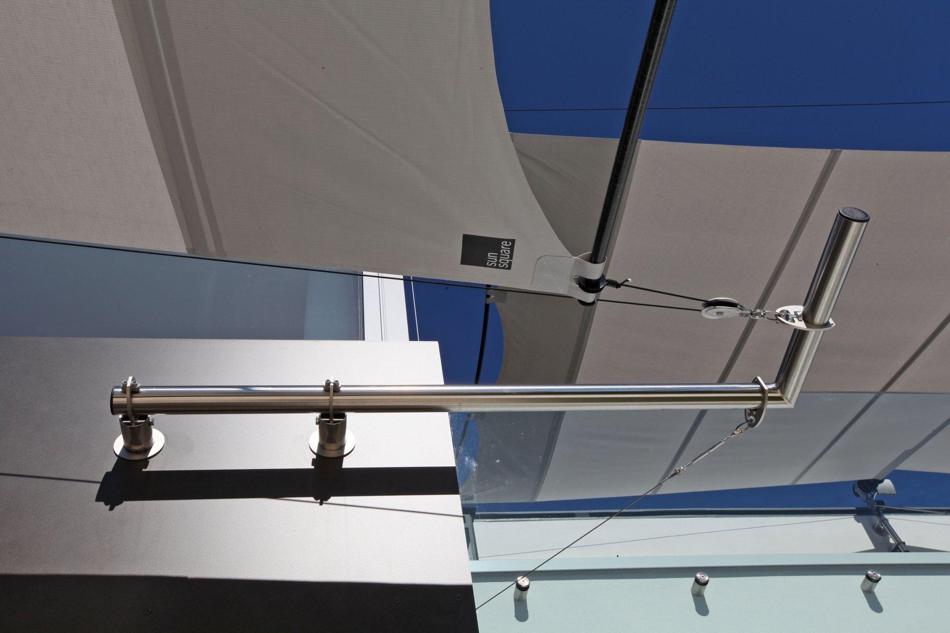 Sunsquare - vollautomatische Sonnensegelanlagen - unique sun sails.