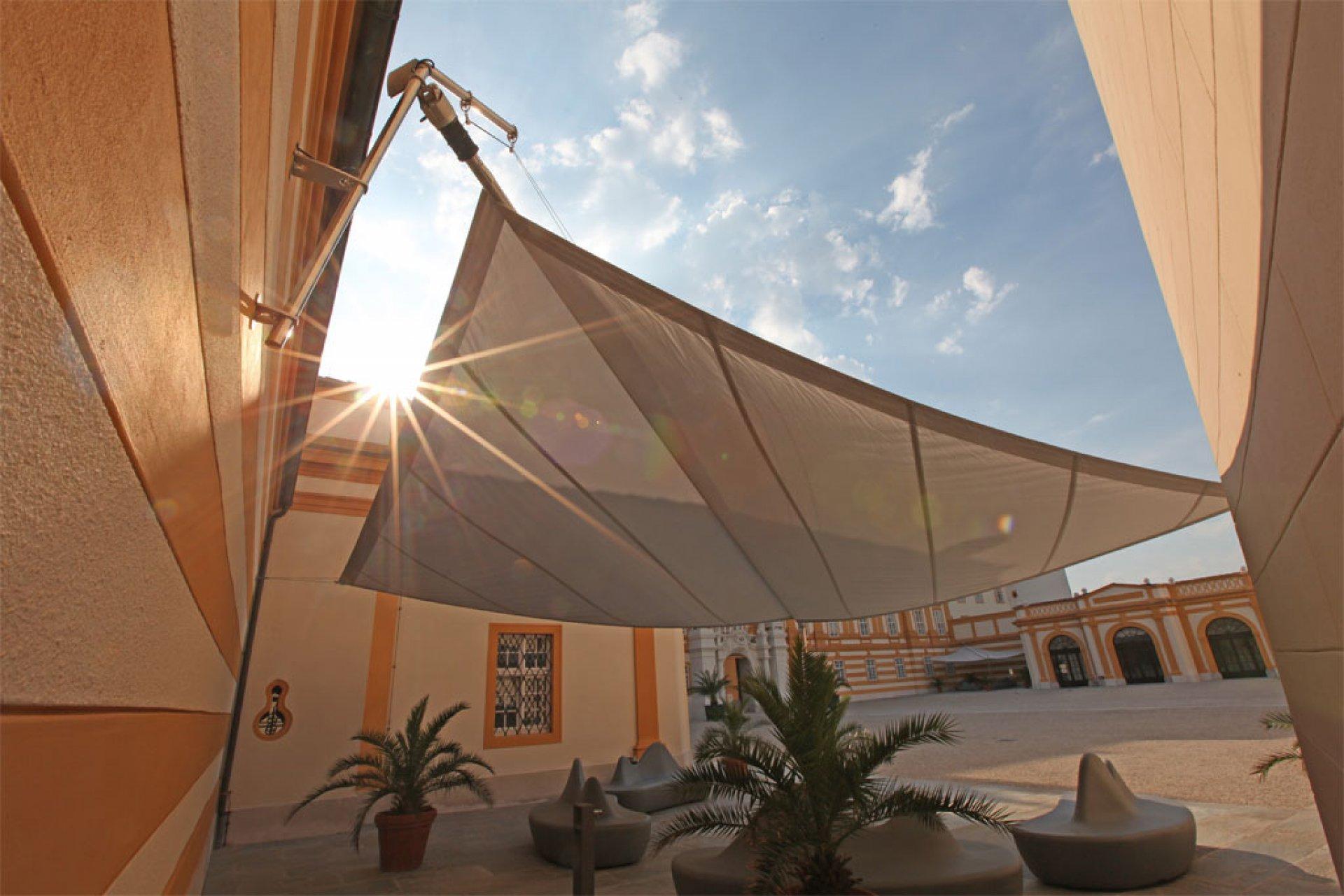 Sunsquare im Einklang mit denkmalgeschützten Gebäuden.