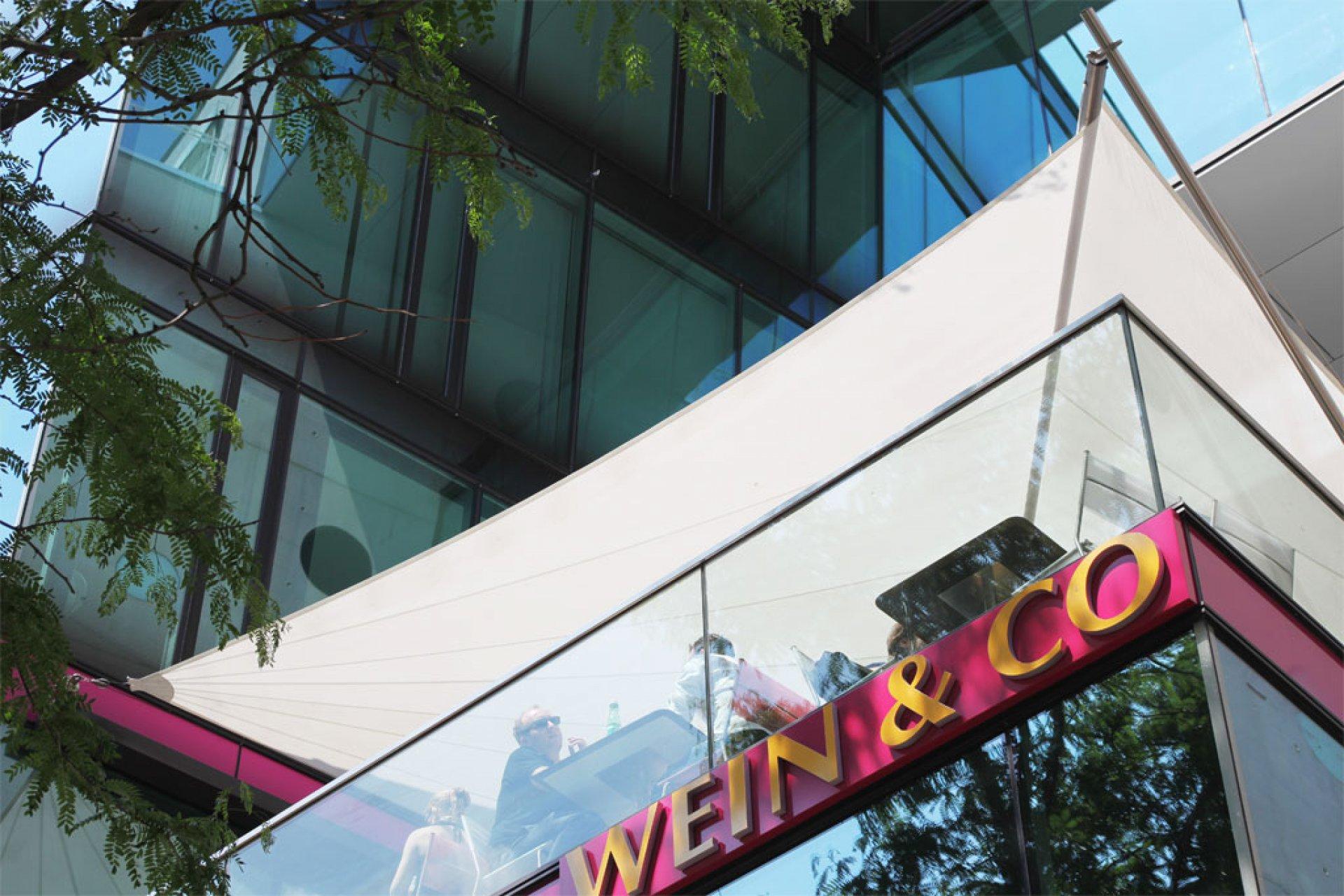 Wein&Co - SunSquare - Sonnensegelanlagen nach individuellen Bedürfnissen.